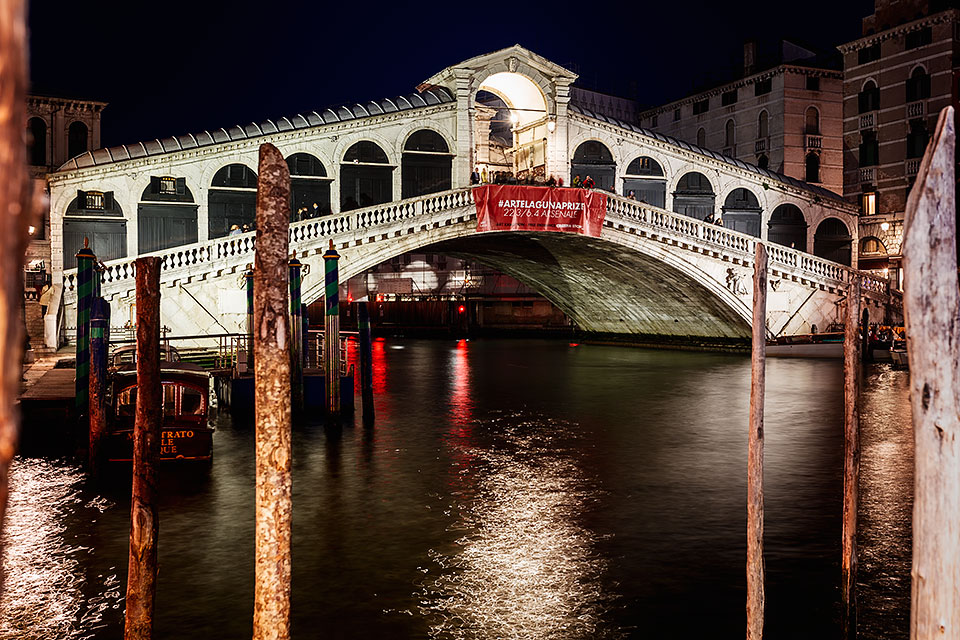 The Rialto Bridge on the Grand Canal in Venice, Italy.
