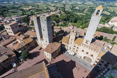 San Gimignano, town iew from above.