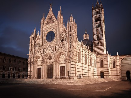 Duomo, Cathedral at night, Siena, Tuscany, Italy.