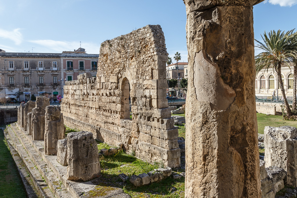 The ruins of the Greek Temple of Apollo in Ortygia, Syracuse, Sicily.