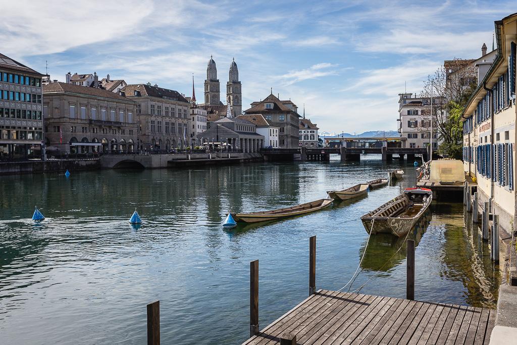Fiume Limmat, centro storico, Zurgo, Svizzera