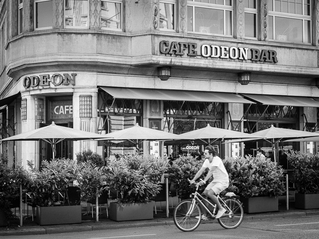 Café Bar Odeon, Zurigo, Svizzera